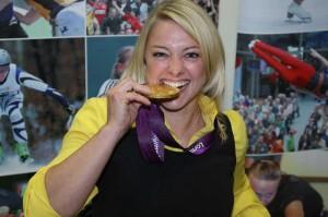Rollstuhlbasketballerin Maria Kühn, die 2012 bei den Paralympics in London die Goldmedaille gewann, wünscht sich in manchen Disziplinen andere Klassifizierungsverfahren. Foto: Privatbild Kühn