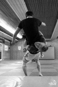Stefan im Training für die Technikschulung. (Bild: Till Scheel)