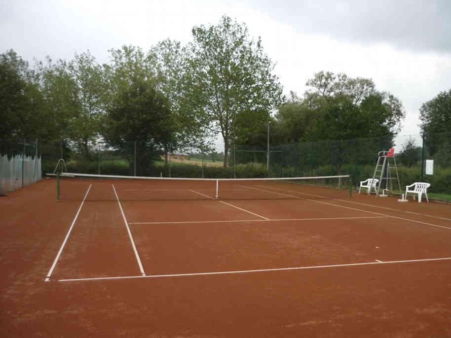 Auf dem Tenniscourt entscheidet sich Spiel drei.